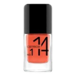 essence nails in style 09...